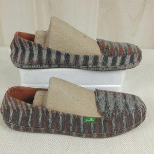 Sanuk Flats Loafers Striped Shoes Tribal Sz 7 EUC